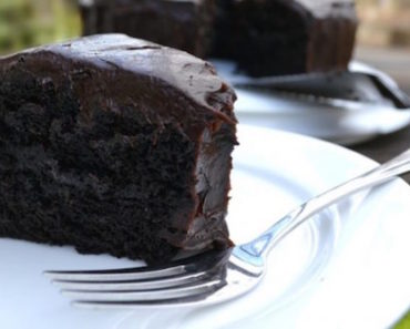 how-to-chocolate-cake-with-avocado-instead-of-eggs-and-butter