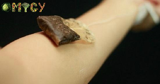 how-to-use-tea-bags-over-skin-5
