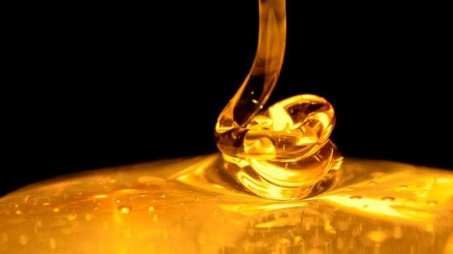 650x365-honey-dripping