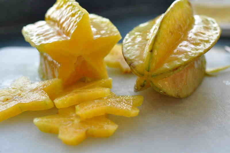 THIS FRUIT CONTROLS DIABETES, LOWERS CHOLESTEROL, FIGHTS HYPERTENSION AND A LOT MORE!